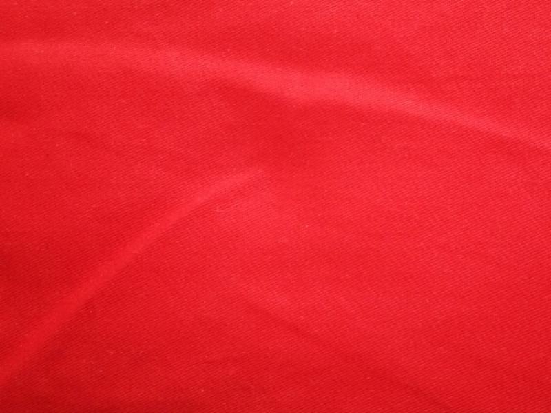Фото Ткань сатин однотонный красный 125 г